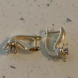 Boucles d'oreilles avec Diamants en forme de fleur