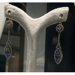 Pendant Earrings with Ceylan Saphir and Diamonds
